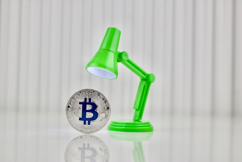 ビットコインに注目